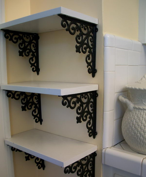 diy-custom-corner-shelves