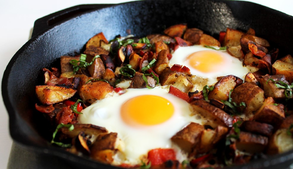 potatoes-and-eggs-in-skillet