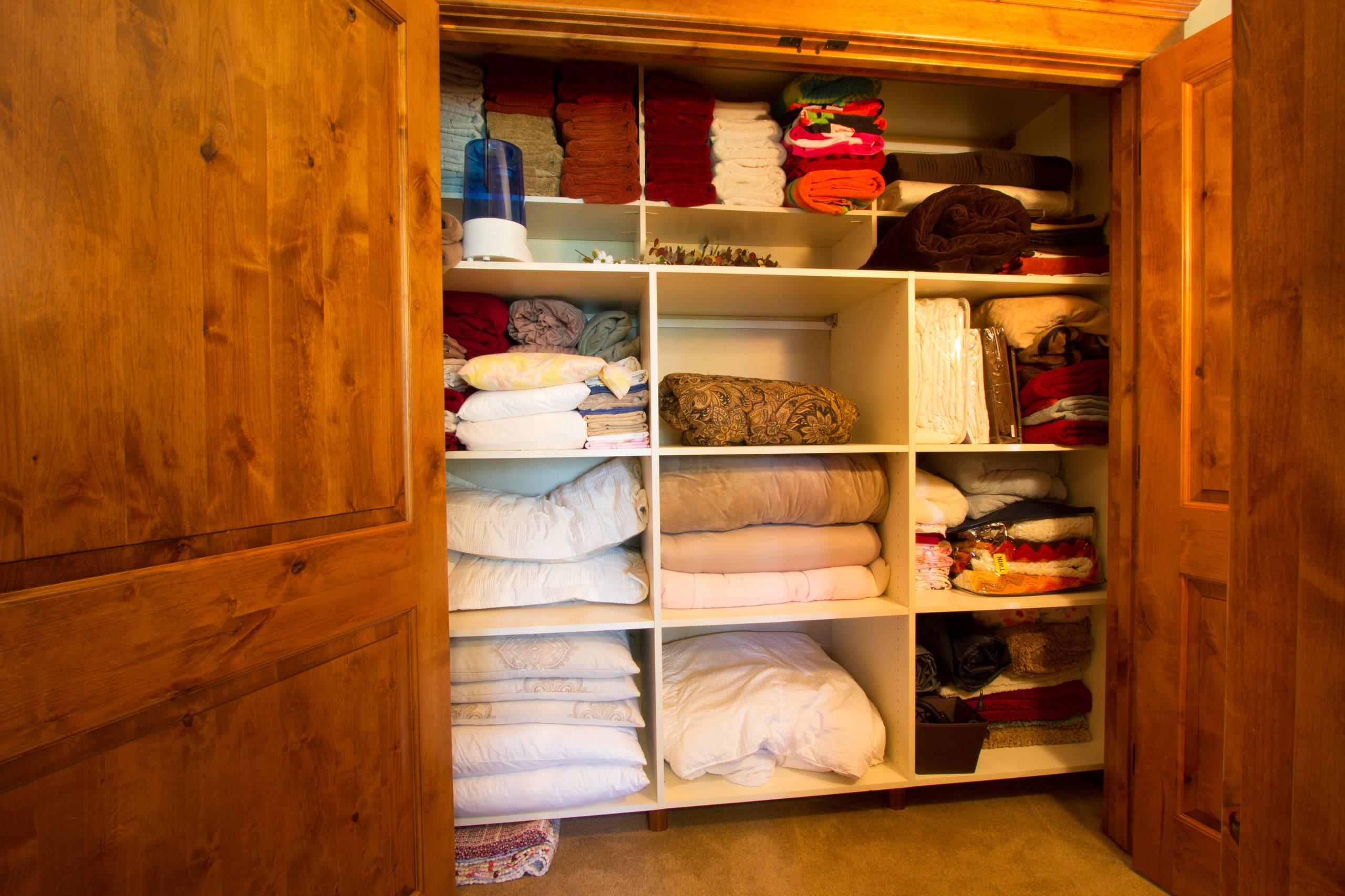 Taming The Linen Closet Rocking Mama S Blog